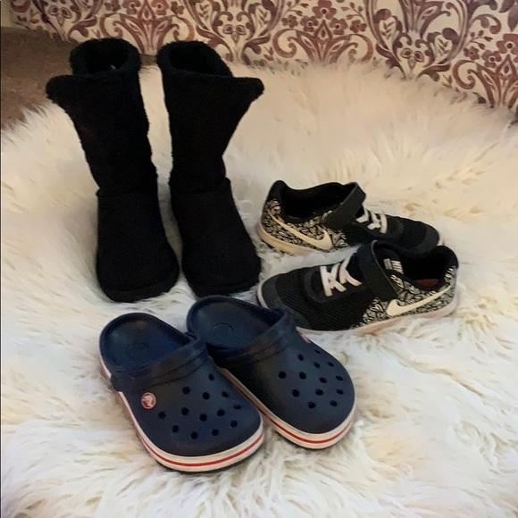 Nike Other - Girls shoe bundle. Size 2